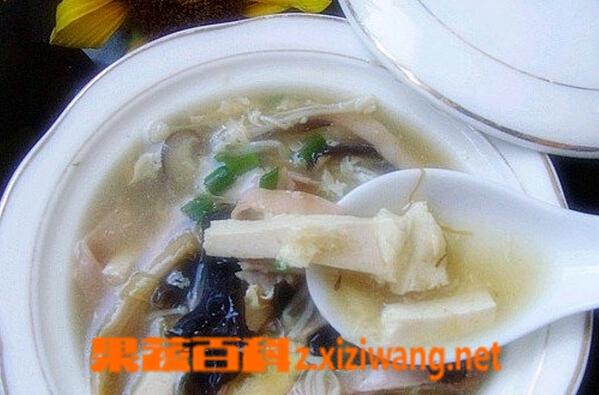 果蔬百科蘑菇木耳汤